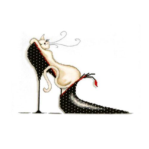 2552 Комплект для вышивания Design Works 'Кошка на туфельке в горошек' 25*33 см