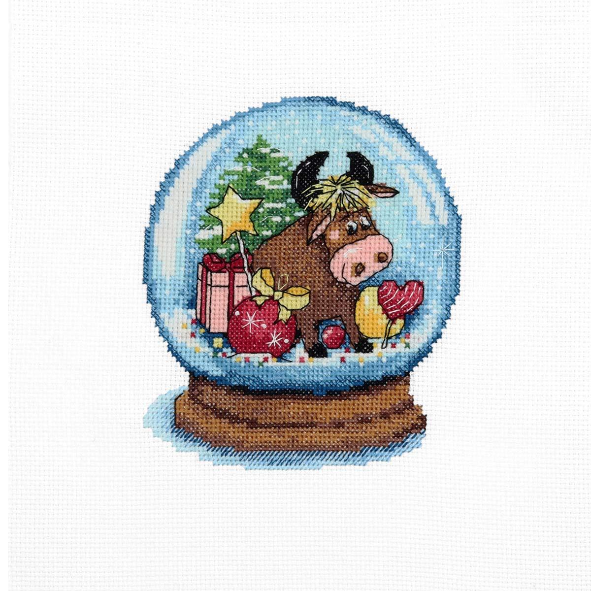 973 Набор для вышивания Hobby&Pro «Счастливый бычок» 11*13см