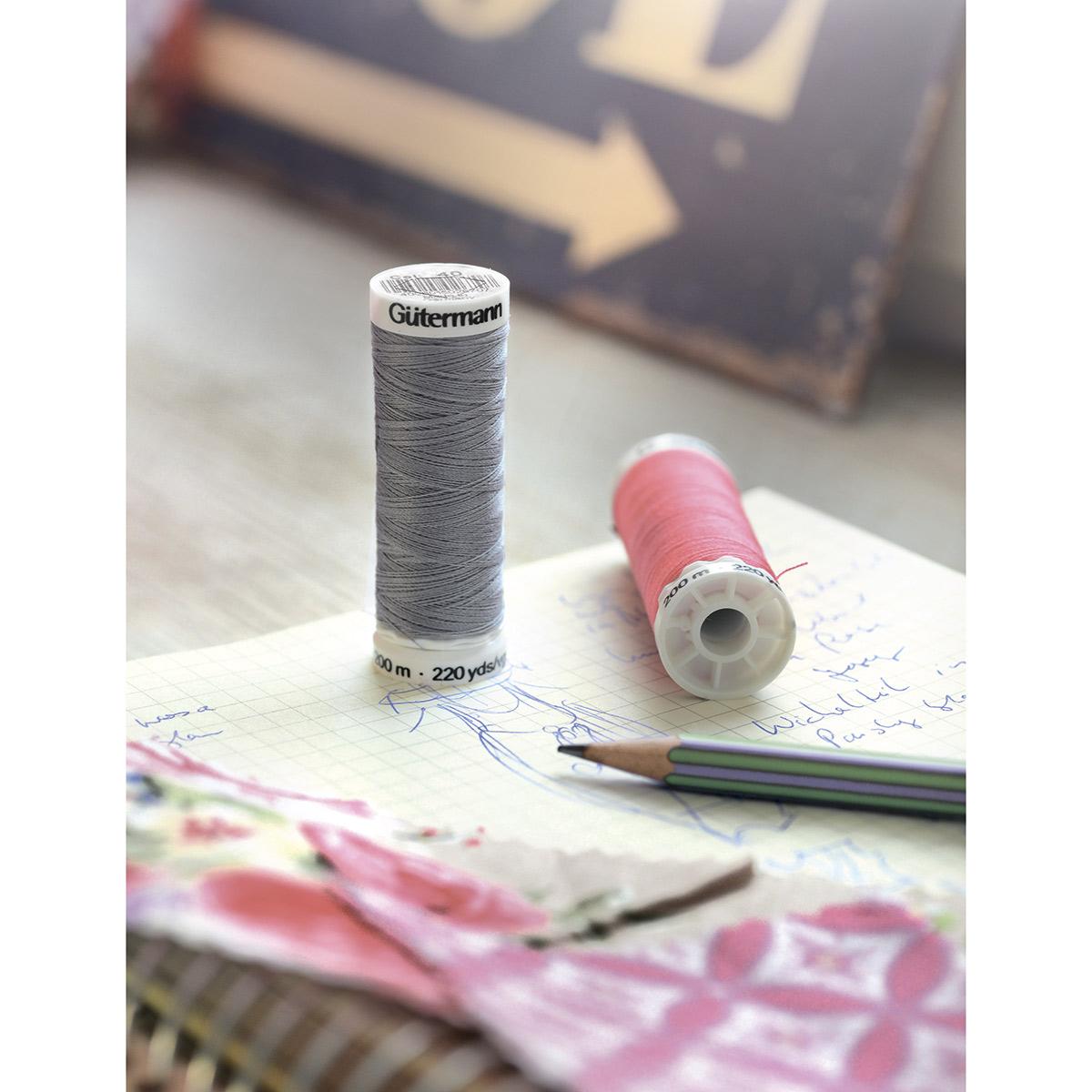 01 Нить Sew-all для всех материалов, 200м, 100% п/э Гутерманн 748277
