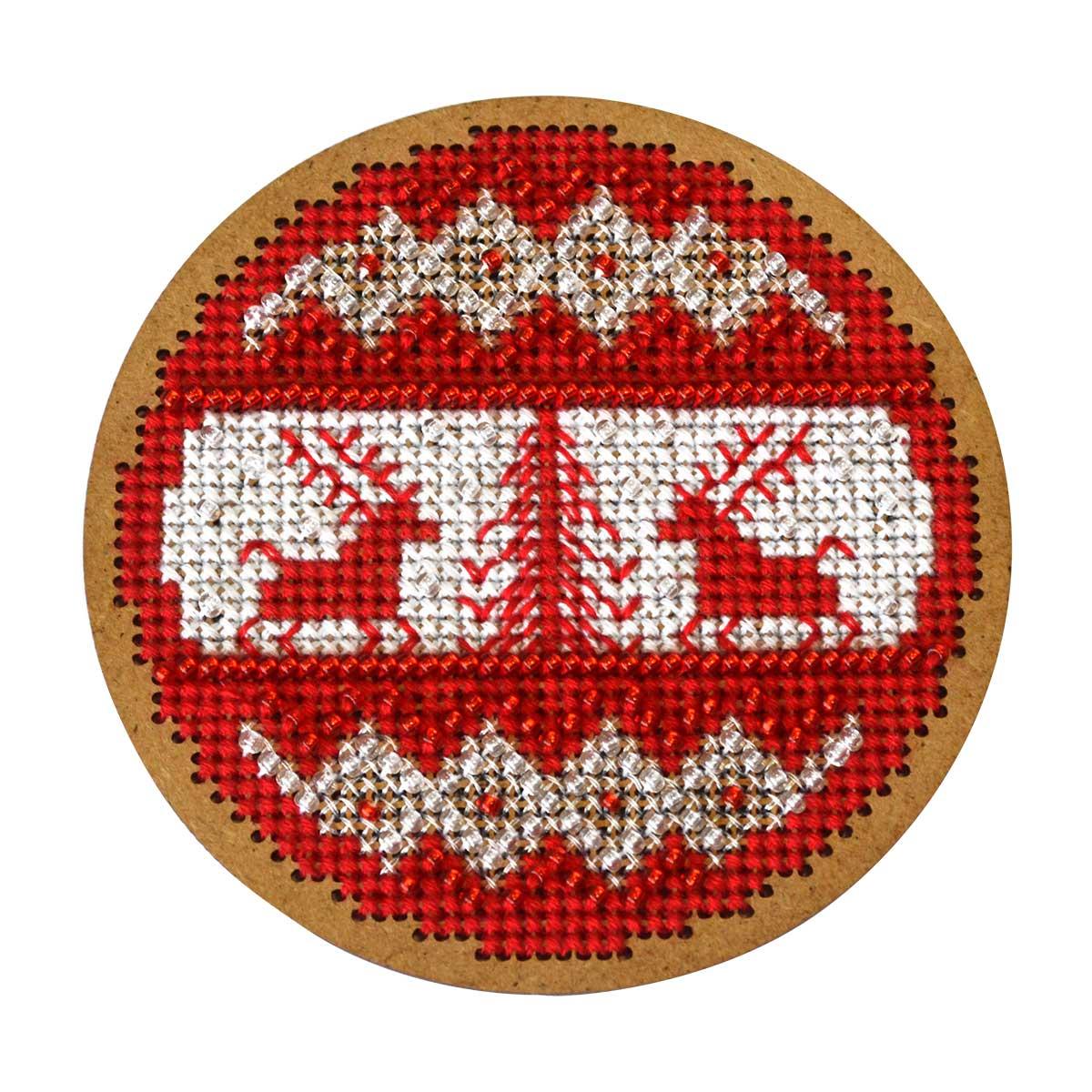 ИК-011 Набор для вышивания крестом на основе Созвездие 'Новогодняя игрушка 'Скандинавский узор'8,5*8,5см