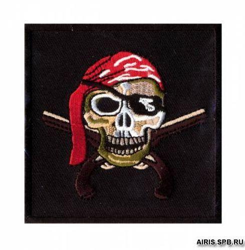 AD1357 Термоаппликация 'Череп-пират', 8,3*8,3 см, Hobby&Pro