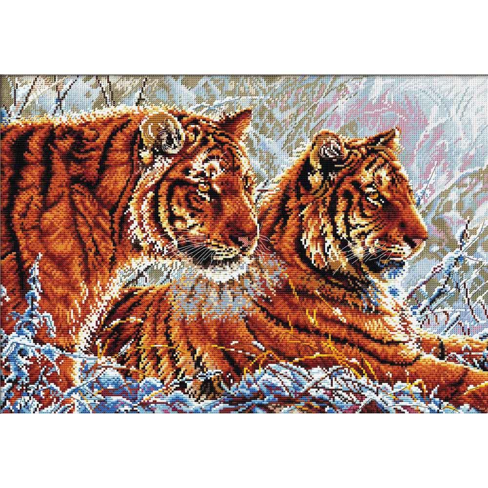 S-049 Набор для вышивания Hobby&Pro 'Тигры', 47*32 см