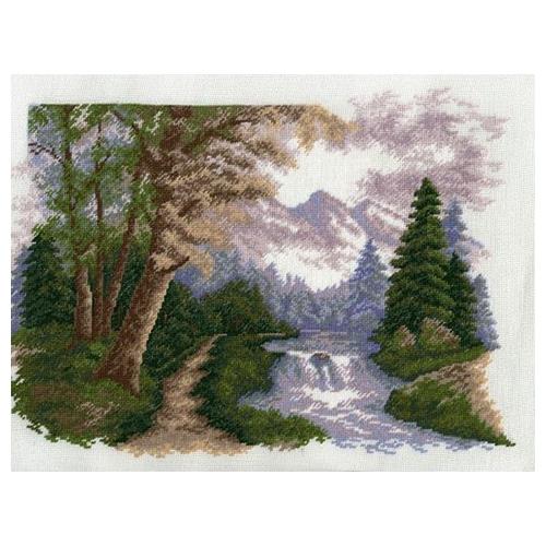 648 Набор для вышивания Hobby&Pro 'Горный пейзаж', 33*24 см